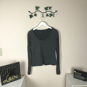 Brandy Melville Top Long Sleeve Pull Over One Size